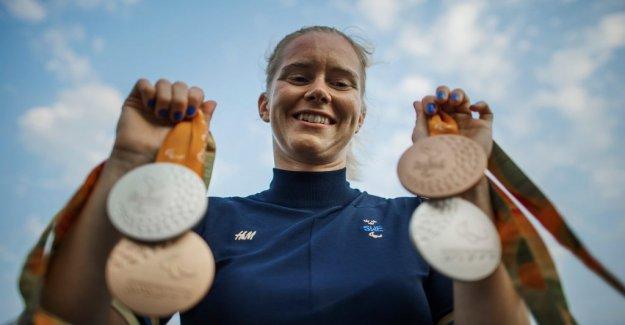 Gold medalist from the London end the simkarriären