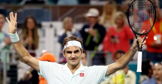 He keeps us for fools?: Federer (37) picks up with the next level-volleys and refers to his farewell