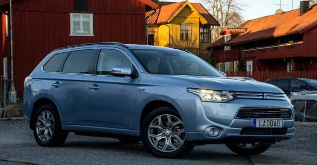 Here are the tips when buying a used Outlander