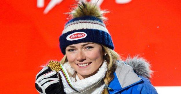 How many world championship gold medal Mikaela Shiffrin has won the alpine hiihtoura?