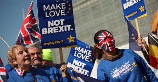 Hundreds of thousands to protest against Brexit