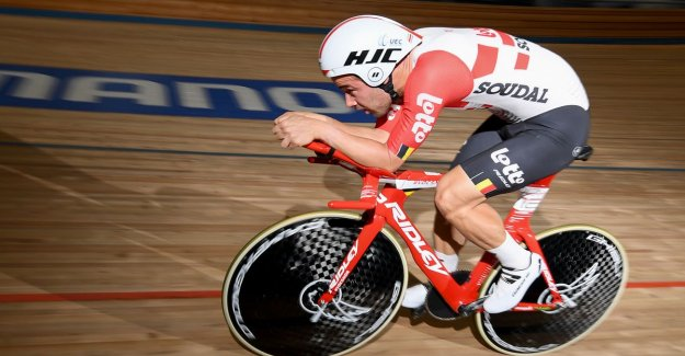 IN THE PICTURE. Campenaerts test brand new time trial bike which he hour record attack