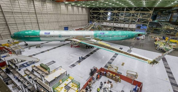 In the midst of crisis: Boeing unveils the world's longest airliner