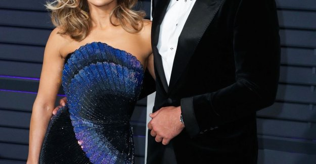 Just now they are engaged are: Alexander Rodriguez cheating on Jennifer Lopez