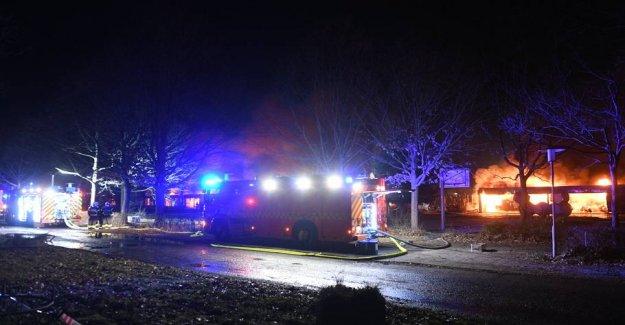 Kæmpebrand off: - the School is burned down