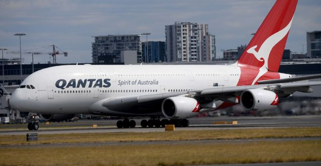 Letter of boy (10) to the boss of Qantas goes viral. 'Take me seriously'