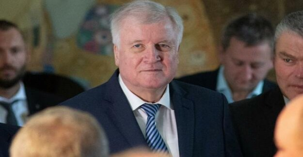Lobbying for the home : What Seehofer's Ministry