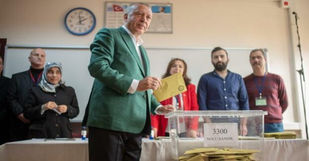 Local elections in Turkey : Erdogan's AKP loses the capital