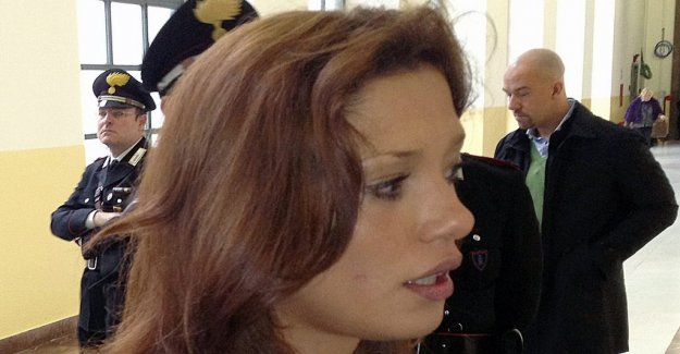 Model who testified against Berlusconi died of radioactivity