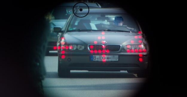 New speed cameras : the Berlin police force Tempo against speeders