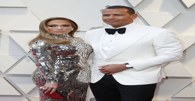 Now talking about Jennifer lopez's fiancee connected to a woman: I really slept with her