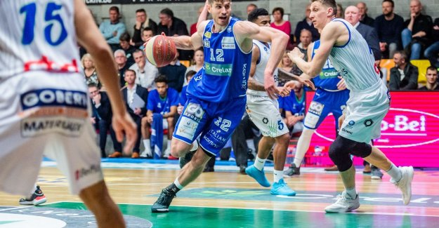 Ostend rises after victory at the same height with Antwerp Giants