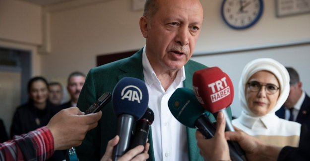 Party of Erdogan leads the national in Turkish elections, but exciting battle in Ankara and Istanbul