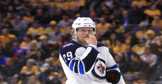 Patrik Laine-point stroke has aroused concern, now with Jets-the star hit the brakes paint female: can you play like a shit