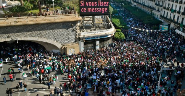 President Bouteflika of algeria on the way out – but the people's dissatisfaction is left