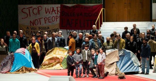 Russian Director Serebrennikov : Free Cyril: Premiere in spite of house arrest