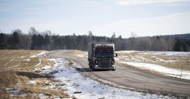 S to allow CSN-loans for yrkeskörkort