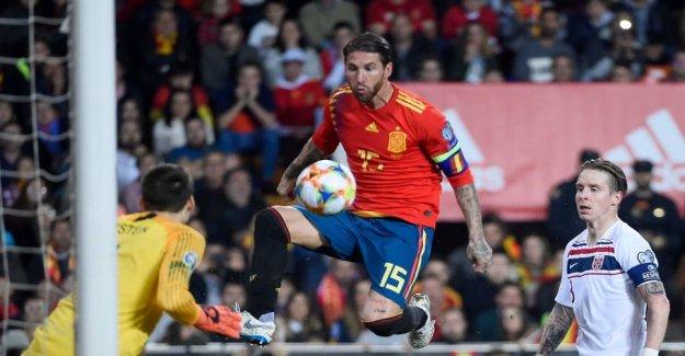 See naughty Ramos crack Norway