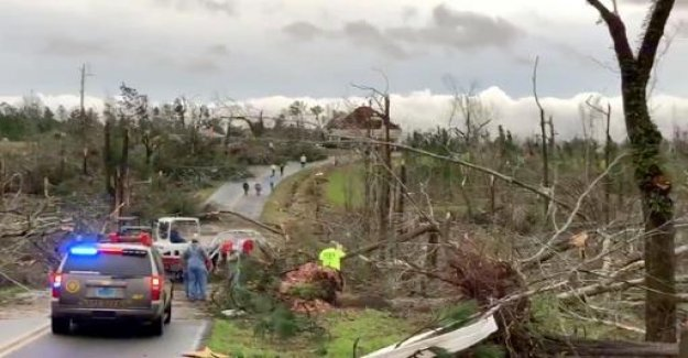 Tornadoes in the southern United States: Deaths and devastation