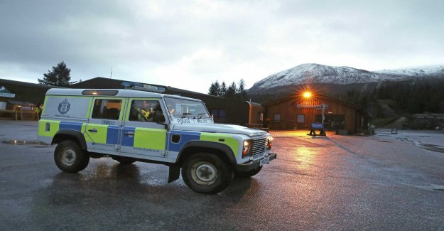 Two dead in scottish avalanche