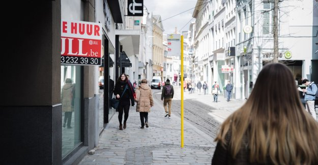 Veldstraat find new breath: New stores, but now we have to make work of reconstruction