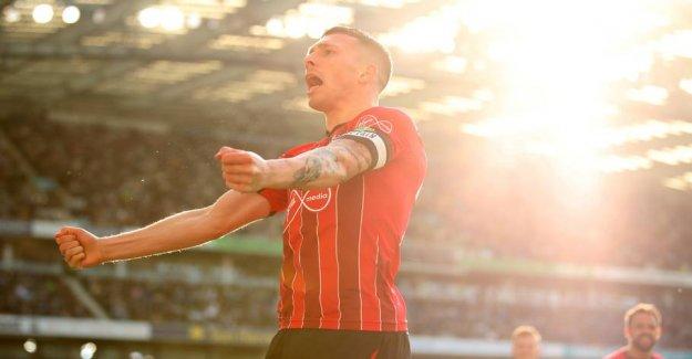 Wigan celebrate after the goal and pragtpræstation