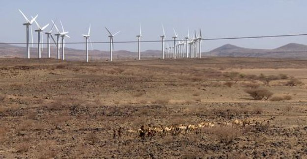 Wind Park in Kenya, Clean electricity, but not for all