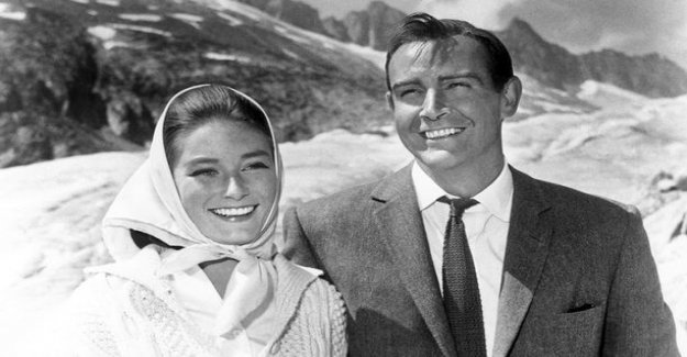 007 and Goldfinger -from the film the familiar Bond girl Tania Mallet is dead