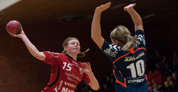 153 goals in 22 matches – Josefin Johansson, select the newcomer