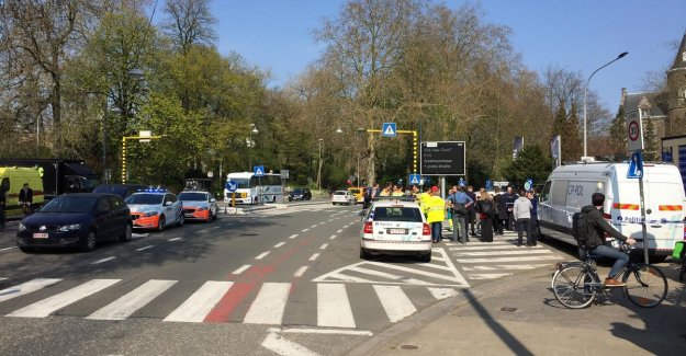 3.500 students evacuated after finding a suspicious package in Ghent, Ledeganckstraat