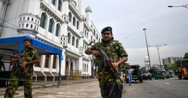 After the attacks: explosions and gunfire in Sri Lanka