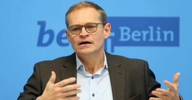 After the dismissal of Rackles : Senator Scheeres vs. mayor Müller