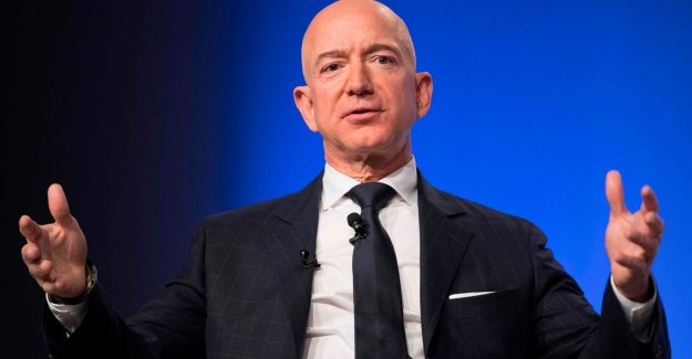 After the spicy sms: Mobile Amazon's boss Jeff Bezos hacked by the saudis