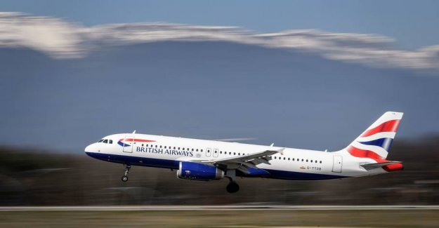 Airlines sued: Toxic air makes employees chronically ill