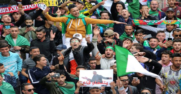 Algeria does not come to rest