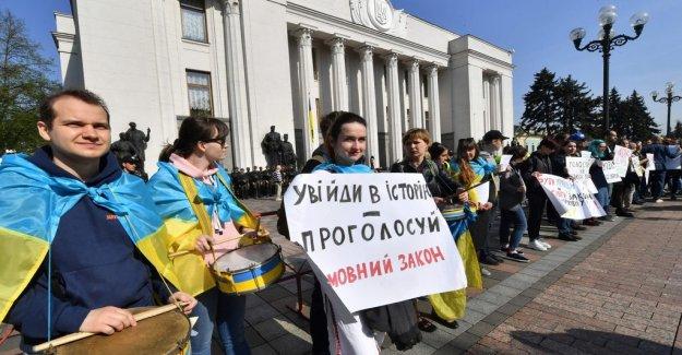 Anna-Lena Laurén: Speak Ukrainian or pay a fine