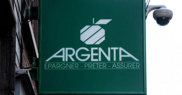 Argenta makes bid for insurer Fidea cycling team