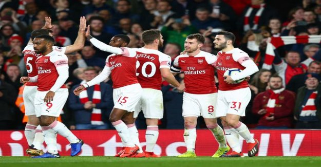 Arsenal's home win streak stretches - Gunners rose to third in the premier league