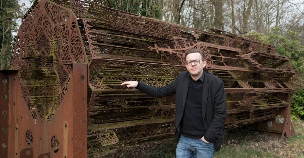 Artist Wim Delvoye takes part in contest to Notre-Dame tower to build up again: I'm already twenty years with gothic busy, so I estimate my chances high in