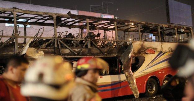 At least 20 dead in bussbrand in Peru