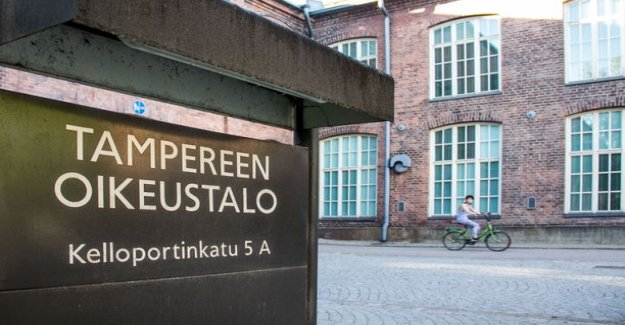 B-girls coach raped a woman together with his friend in Tampere, finland – the victim traumatized, became seriously violent action, called last night to his sister hysteerisessä mode
