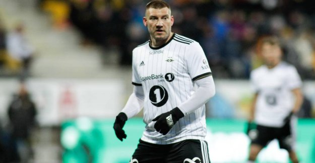 Bendtner in the confusion over new role