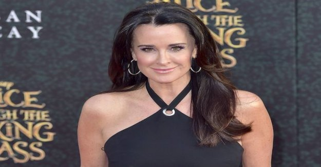 Beverly Hills perfect woman Kyle Richards frets, IL for realityn in the content: a Hard look