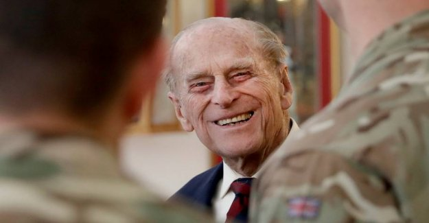 Beware! 97-year-old prince Philip is back behind the wheel