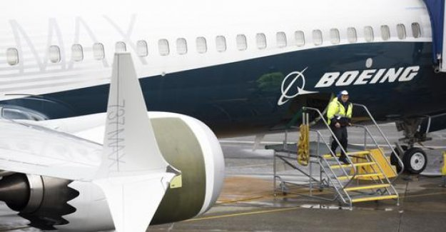 Boeing reduces 737 MAX production