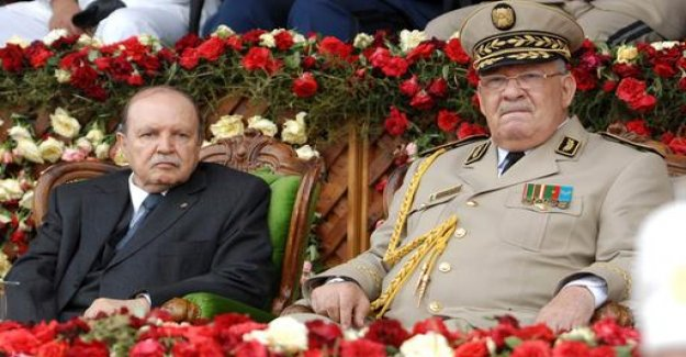Bouteflika appoints a new government