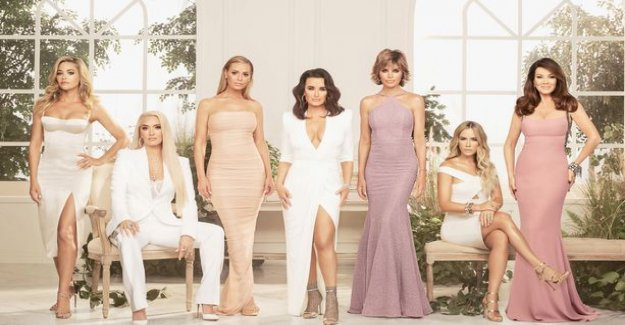 Break! The Real Housewives of Beverly Hills star opens the evening paper for their dispute with another perfect woman: We are not on speaking terms