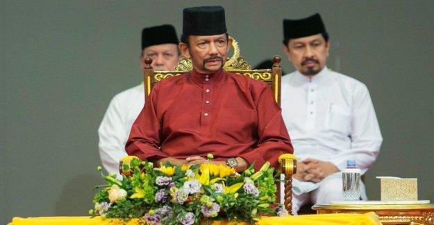Companies boycott Brunei after sharia law