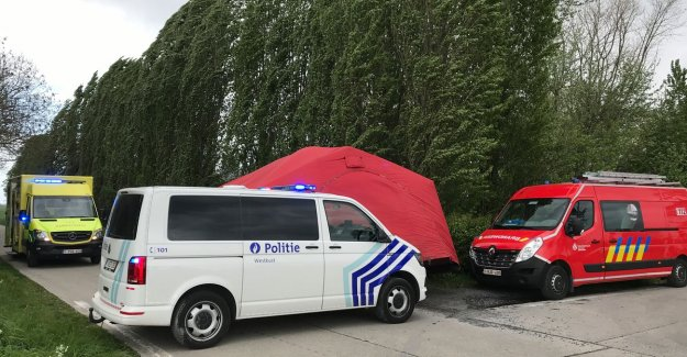 Cycle tourist (68) is unwell and dies during ride in Polders
