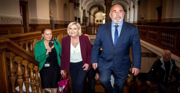 Dansk Folkeparti strengthens the ties to Le Pen
